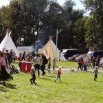 indianententen, indianendorp op Hembrug Happening, Zaandam