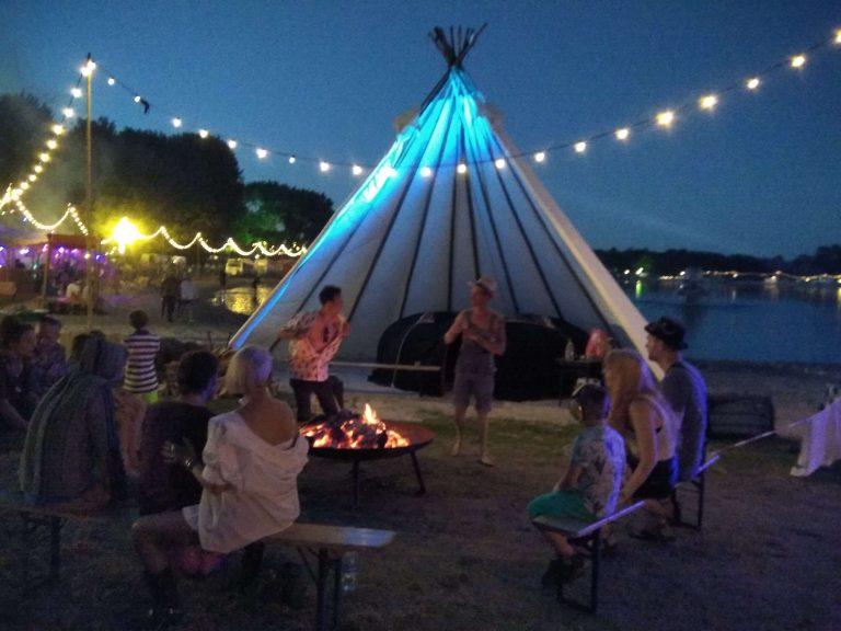 Zweethut en sweatlodge op festivals in de tipi tent