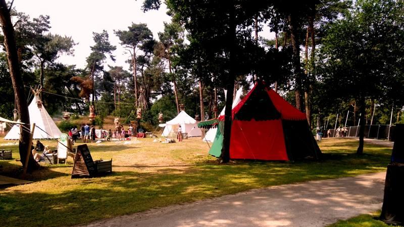 Historische tenten, kasteel tenten op mandala festival