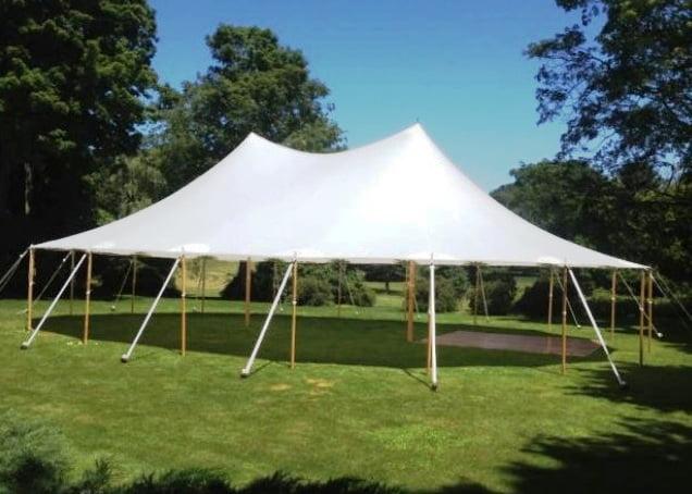 Chapito tent huren, grote feesttent bruiloft