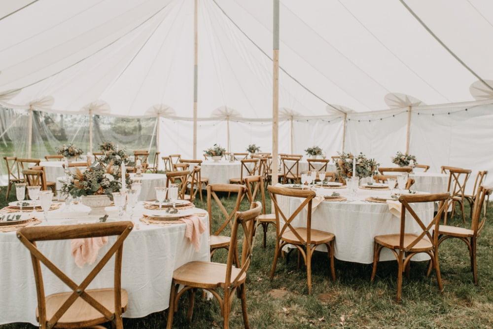 Bruiloft, historische tent huren, grote afmeting feesttent