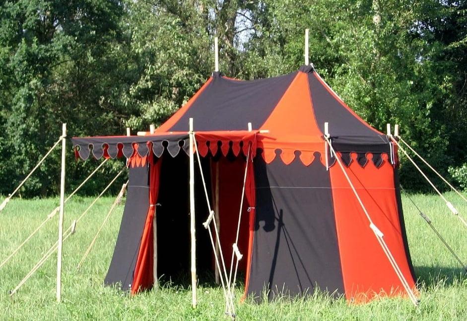 Verkoop kasteel tenten, rood met zwart