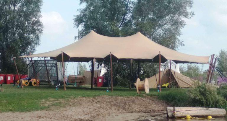 Verhuur Stretchtenten, stretchtent op outdoor stereo festival Hoorn